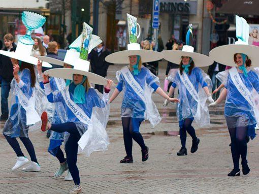 iitala – Parad på stan
