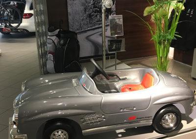 Skyltning Mercedes