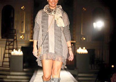Modevisning i kyrka för Vindåkra